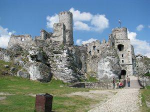 Ogrodzieniec castle strongholds around Krakow trip plan