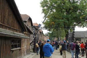 Auschwitz work sets free gate