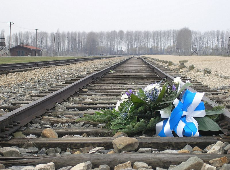 Auschwitz tours flowers