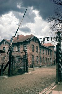 Auschwitz today now pictures photos maps Arbeit mach frei gate nowadays