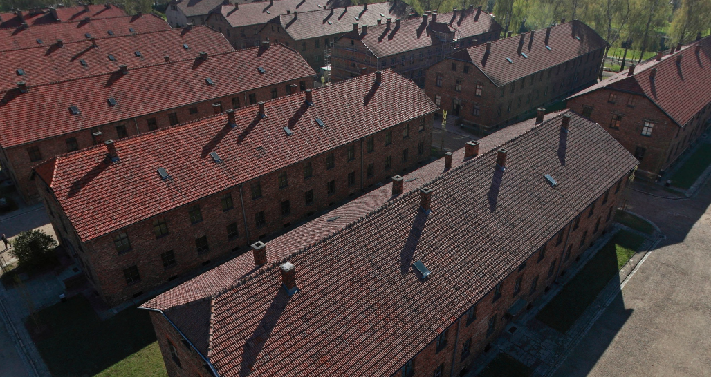 Auschwitz sightseeing today pictures maps