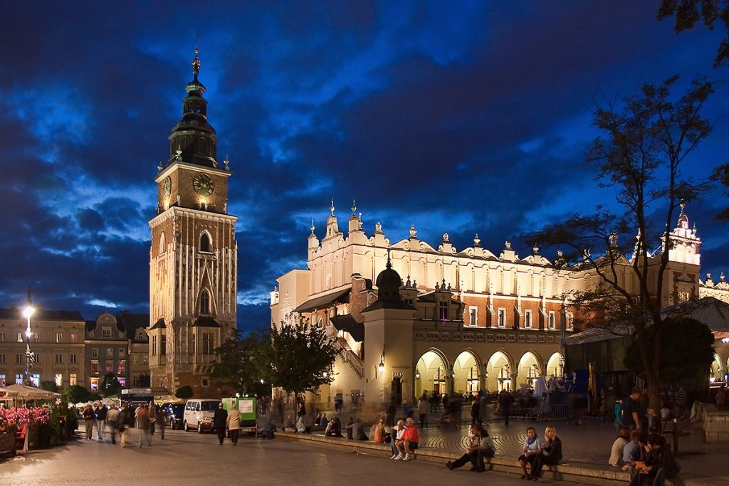 Krakow_at_night