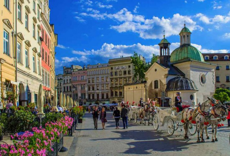 krakow-attractions-main-market-square