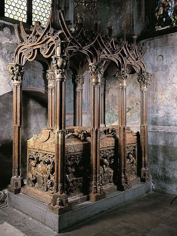 wawel-cathedral-tomb