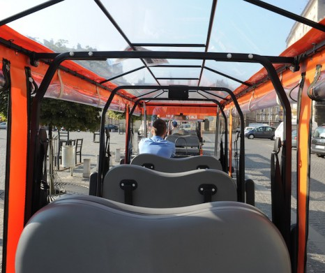 Krakow Sightseeing by Eco-Vehicle with Live Guide