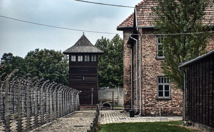 Auschwitz Tours - watchtower