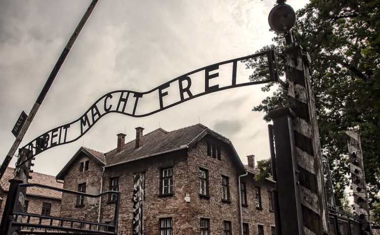 Auschwitz Tours - Main Gate
